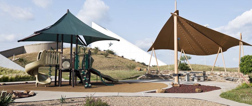 structure pour aire de jeux conforme aux normes
