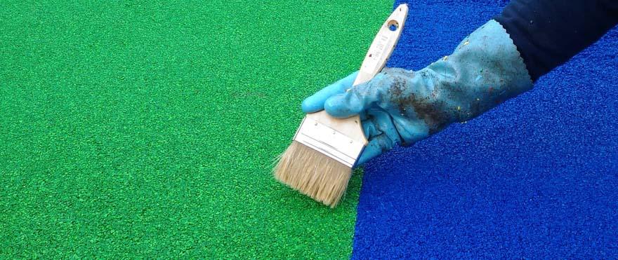 Réparation du sol souple des aires de jeux